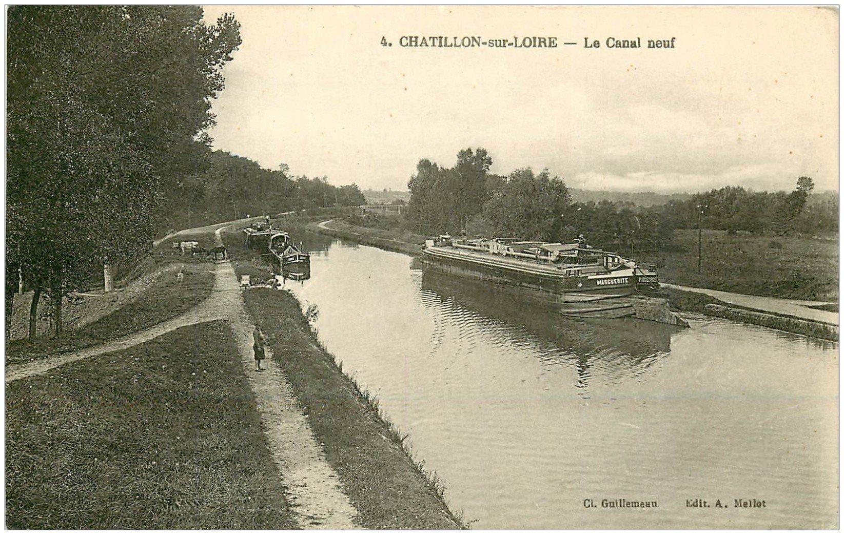 carte postale ancienne 45 CHATILLON-SUR-LOIRE. Péniches sur le Canal neuf 1945