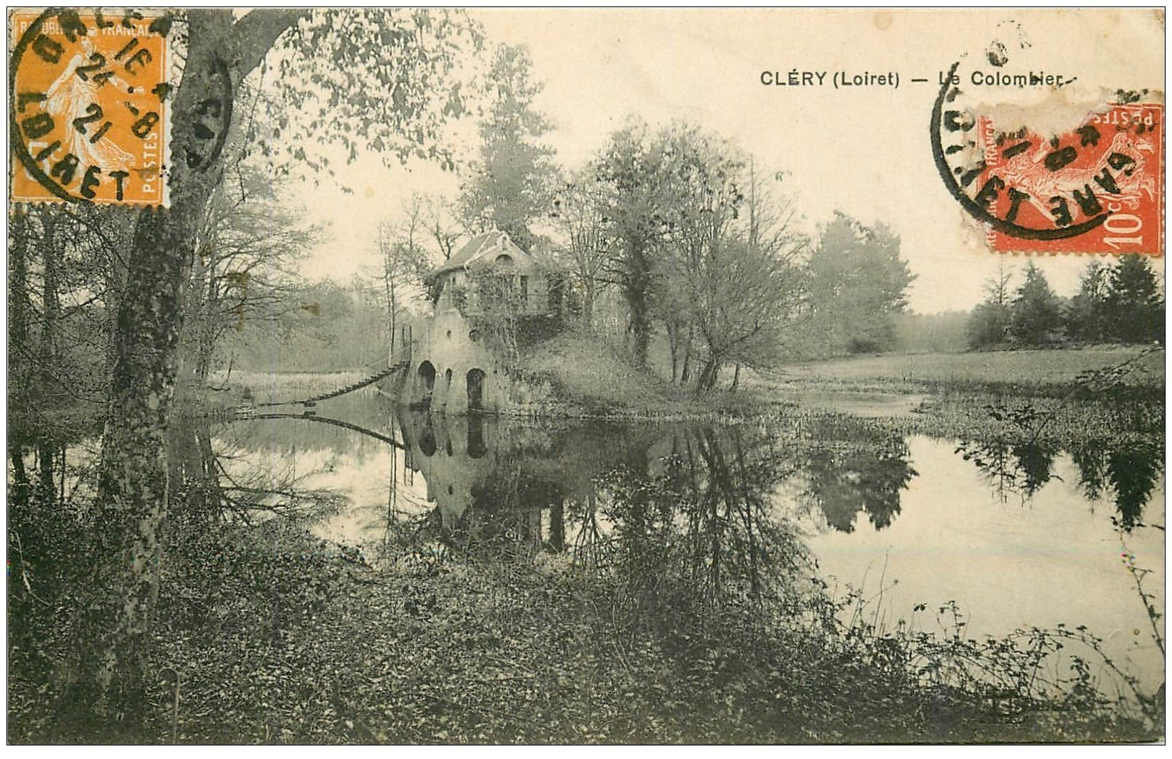 carte postale ancienne 45 CLERY. Le Colombier 1921