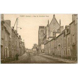 carte postale ancienne 45 CLERY. Rue Maréchal Foch 1940