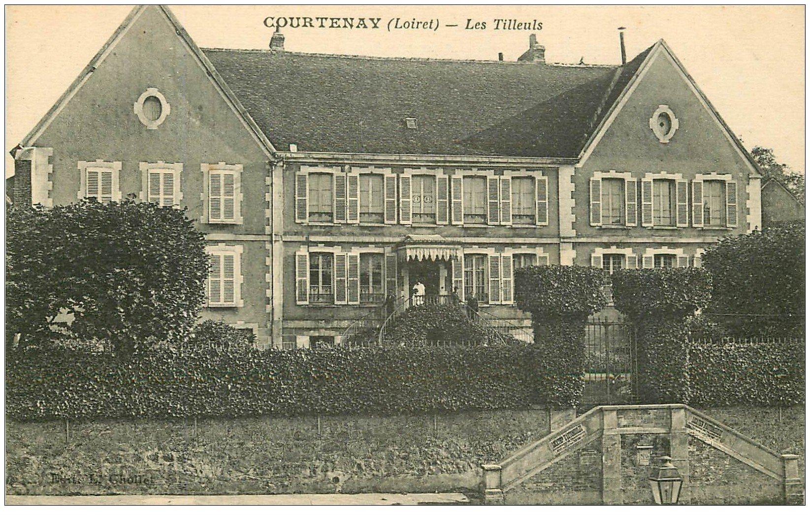 carte postale ancienne 45 COURTENAY. Les Tilleuls