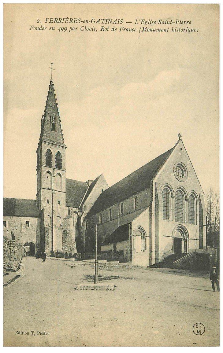 carte postale ancienne 45 FERRIERES-EN-GATINAIS. Eglise Saint-Pierre