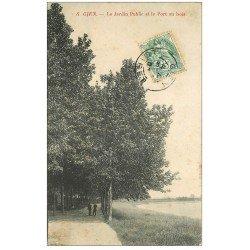 carte postale ancienne 45 GIEN. Jardin Public et Port au bois 1905