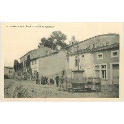 carte postale ancienne 11 AIROUX. L'Ecole Avenue de Montmaur