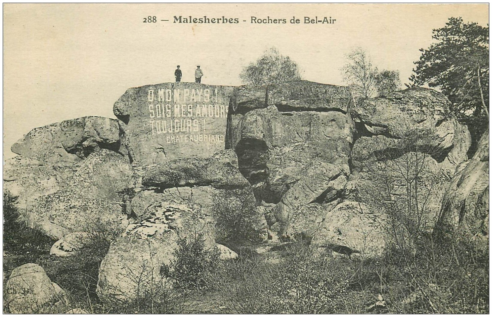 carte postale ancienne 45 MALESHERBES. Rocher du Bel-Air