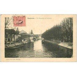 carte postale ancienne 45 MONTARGIS. La Passerelle sur le Canal 1906