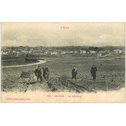 carte postale ancienne 11 BELVEZE. Agriculteurs avec Cheval de labour