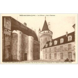 carte postale ancienne 45 SULLY-SUR-LOIRE. Château Cour Honneur