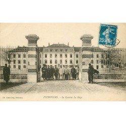 carte postale ancienne 45 PITHIVIERS. Caserne La Haye 1920 Tirailleurs