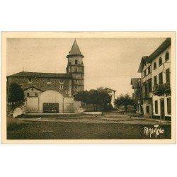 carte postale ancienne 64 AINHOA. L'Eglise et la Place