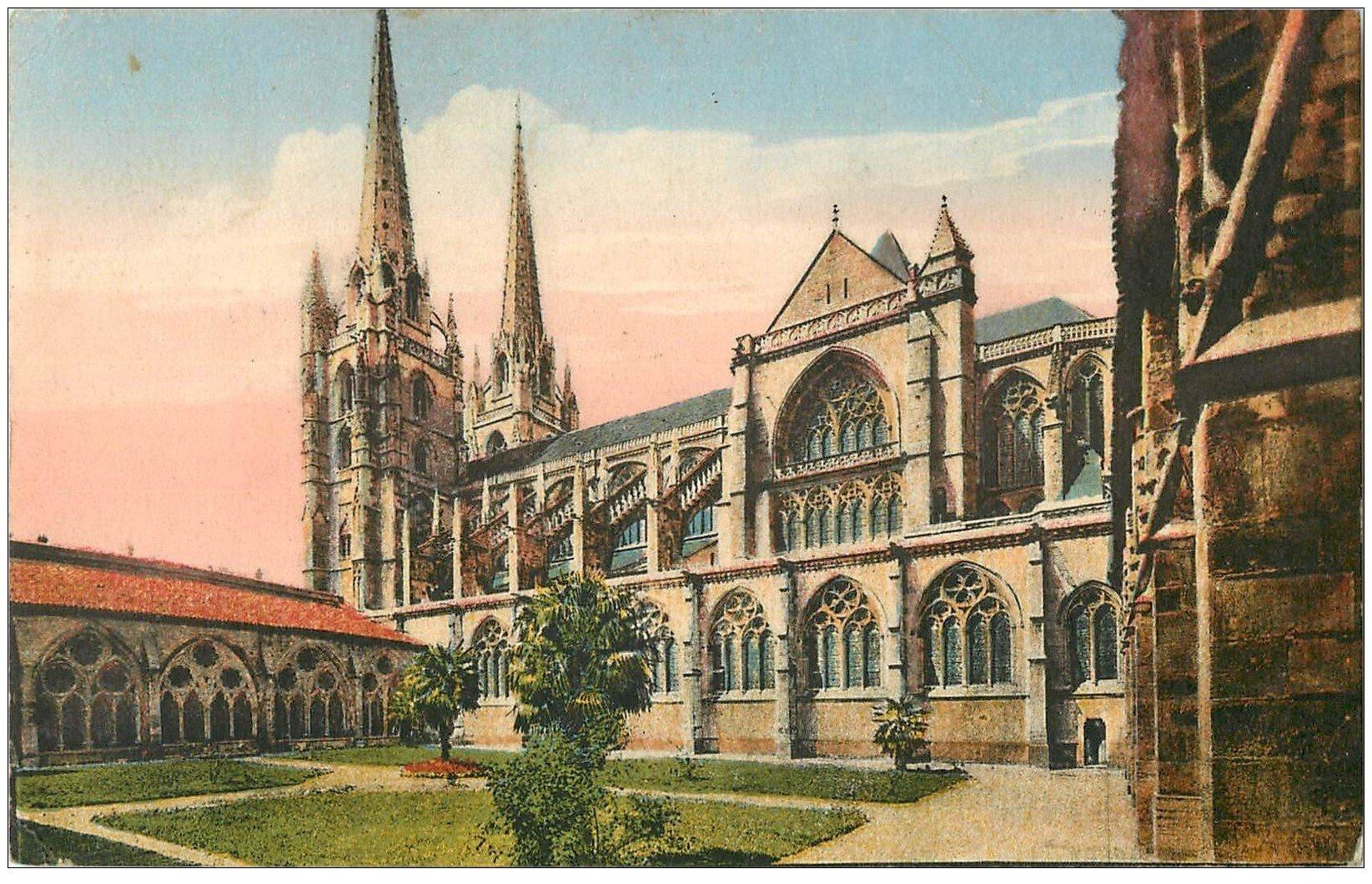 carte postale ancienne 64 BAYONNE. Flèches et Cloître Cathédrale 1949