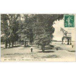 carte postale ancienne 64 BAYONNE. Grande Grue Allées Marines 1908