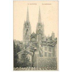 carte postale ancienne 64 BAYONNE. La Cathédrale 1910