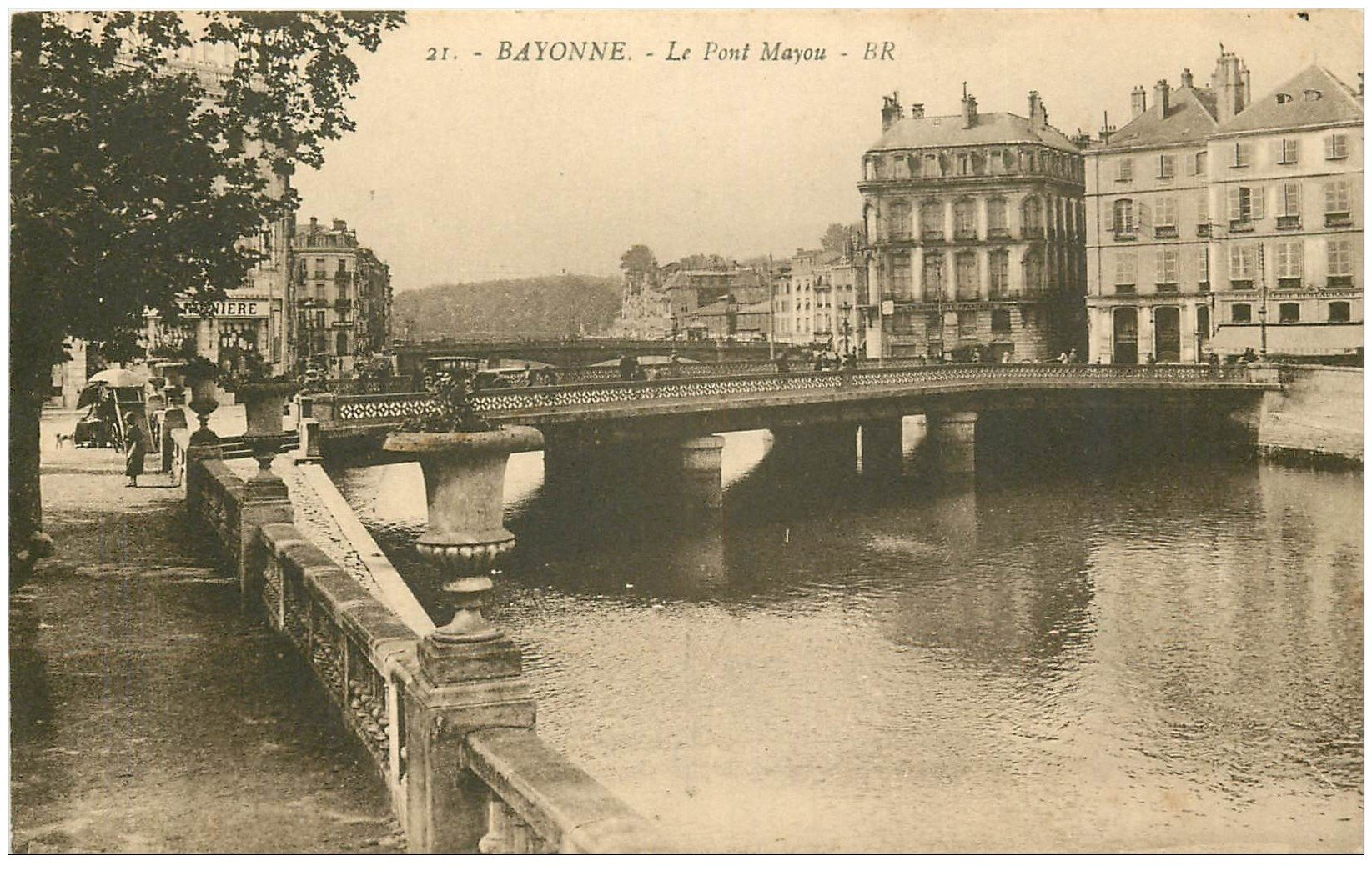 carte postale ancienne 64 BAYONNE. Le Pont Mayou