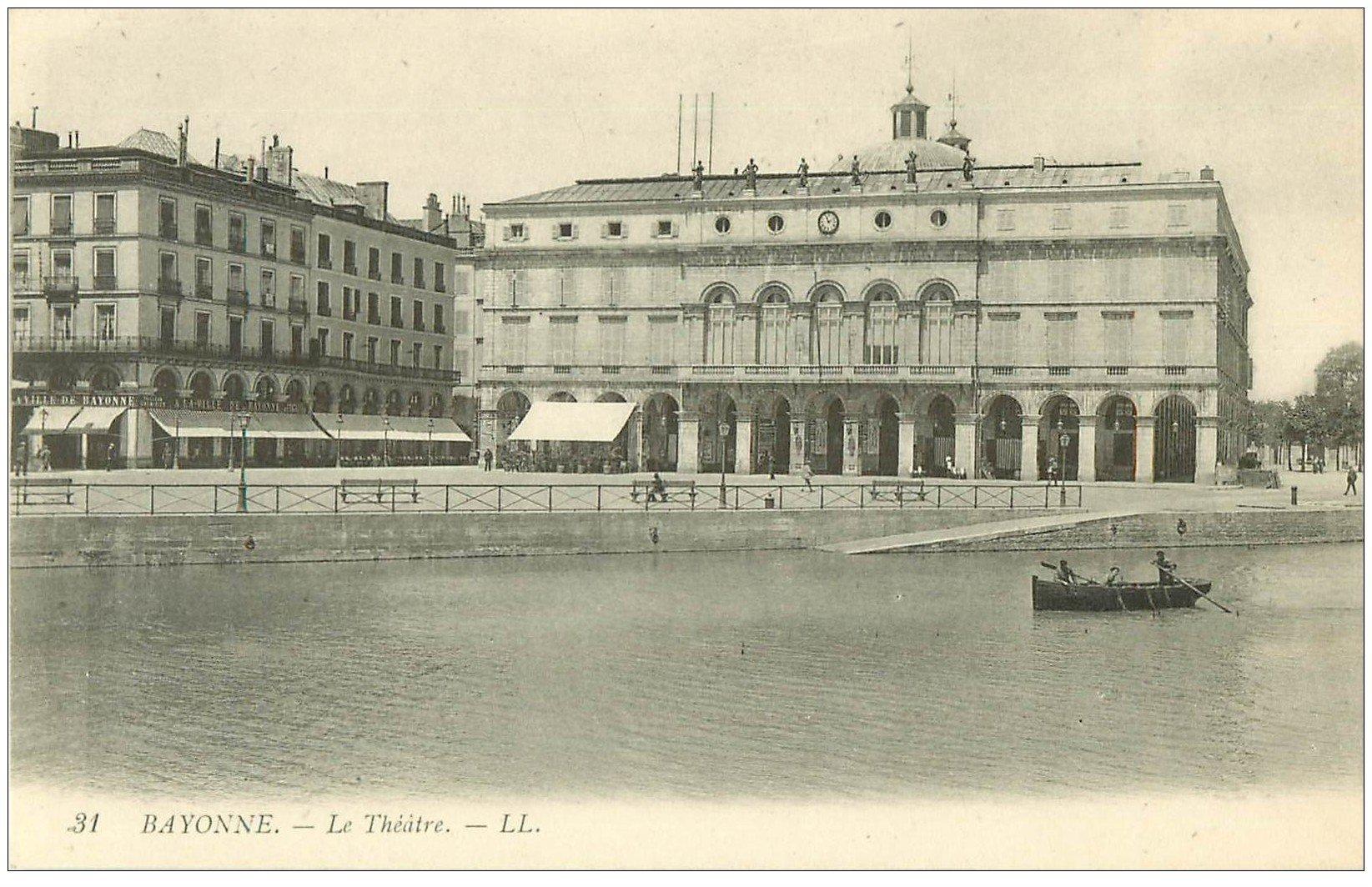 carte postale ancienne 64 BAYONNE. Le Théâtre n°31