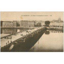 carte postale ancienne 64 BAYONNE. Pont et Quais de l'Adour