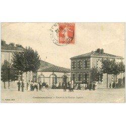 carte postale ancienne 11 CASTELNAUDARY. Caserne Lapasset 1913. Militaires