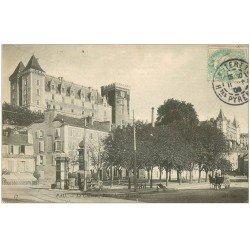 carte postale ancienne 64 PAU. Château Place et Restaurant de la Monnaie 1906