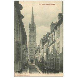 carte postale ancienne 64 PAU. Eglise Rue Jeanne Albret 1917 Café de la Place