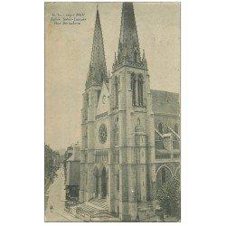 carte postale ancienne 64 PAU. Eglise Saint-Jacquers Rue Bernadotte 1915