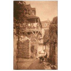 carte postale ancienne 64 SALIES-DE-BEARN. Fabrication locale des Espadrilles