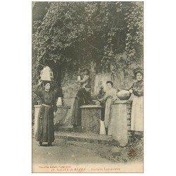carte postale ancienne 64 SALIES-DE-BEARN. Fontaine Larroumette Porteuses d'eau