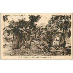 carte postale ancienne 64 SALIES-DE-BEARN. Marchandes de volailles