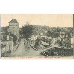 carte postale ancienne 64 SALIES-DE-BEARN. Place Saint-Vincent 1920
