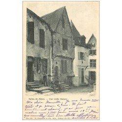 carte postale ancienne 64 SALIES-DE-BEARN. Une Vieille Maison animée 1903
