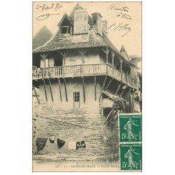 carte postale ancienne 64 SALIES-DE-BEARN. Vieilles Maisons 1910