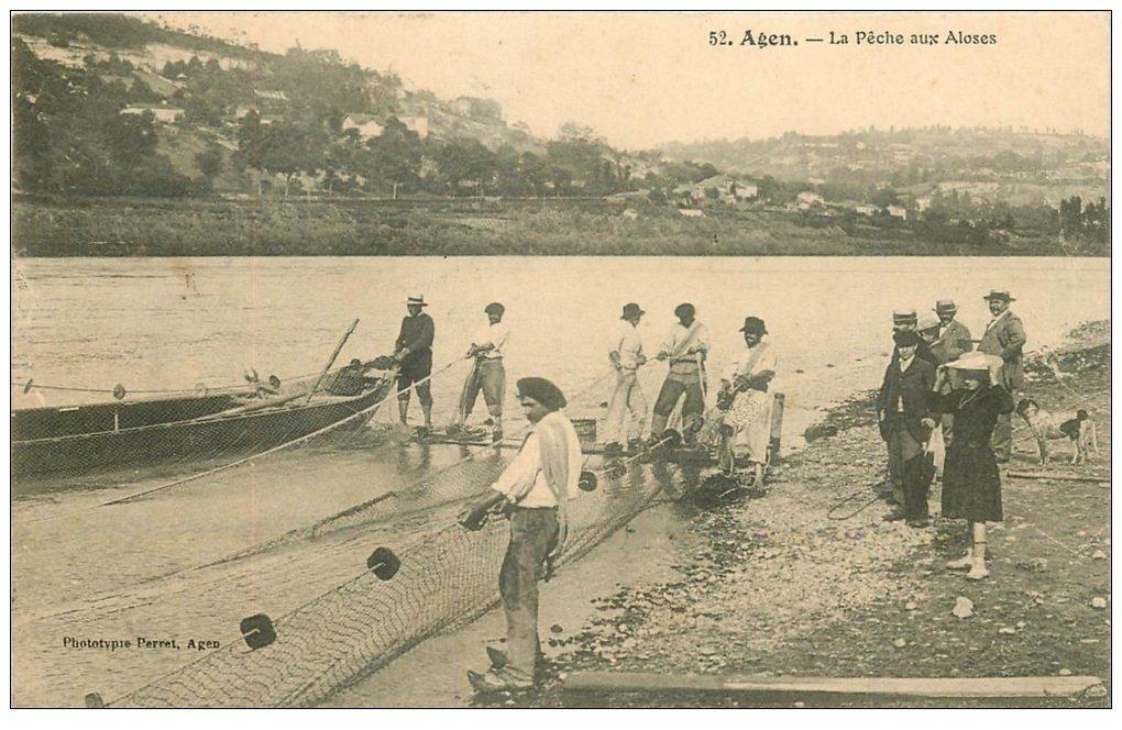 carte postale ancienne 47 AGEN. La Pêche aux Aloses 1907 Pêcheurs au filet