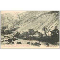 carte postale ancienne 48 GORGES DU TARN. Départ des Vignes. Nombreuses embarcations vers 1900