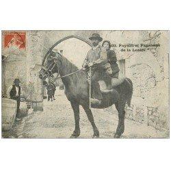 carte postale ancienne 48 PAYSAN ET PAYSANNE DE LA LOZERE 1909