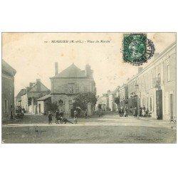 carte postale ancienne 49 BEAULIEU. Place du Marché 1908