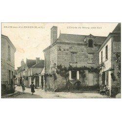 carte postale ancienne 49 BRAIN-SUR-ALLONNES. Café à l'Entrée du Bourg 1919