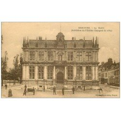 carte postale ancienne 59 BERGUES. La Mairie 1930