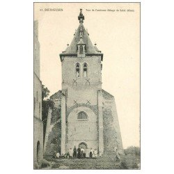 carte postale ancienne 59 BERGUES. Tour ancienne Abbaye Saint-Winoc. Tampon Militaire 1917