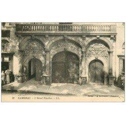 carte postale ancienne 59 CAMBRAI. Hôtel Fénelon animé de chaque côté