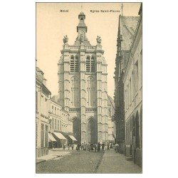carte postale ancienne 59 DOUAI. Eglise Saint-Pierre animation