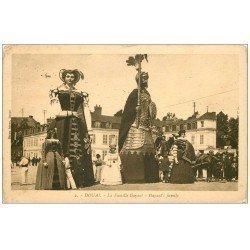 carte postale ancienne 59 DOUAI. La Famille Gayant 1928