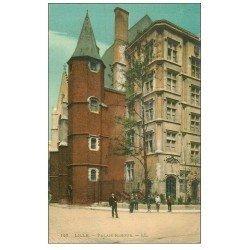 carte postale ancienne 59 LILLE. Palais Rihour animé