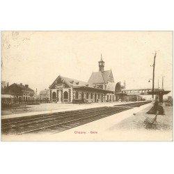 carte postale ancienne 02 CHAUNY. La Gare. Timbre manquant...
