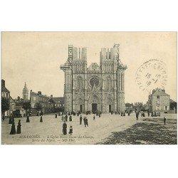 carte postale ancienne 50 AVRANCHES. Eglise Notre-Dame des Champs Sortie des Vèpres 1916