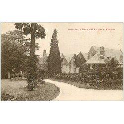 carte postale ancienne 50 AVRANCHES. Jardin des Plantes le Musée 1933