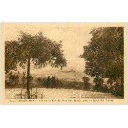 carte postale ancienne 50 AVRANCHES. Jardin des Plantes vue Baie Saint-Michel