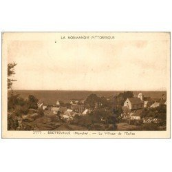 carte postale ancienne 50 BRETTEVILLE. Village et Eglise