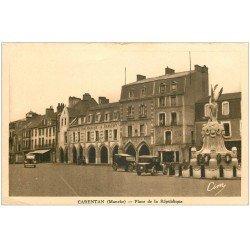 carte postale ancienne 50 CARENTAN. Place République Maison du Bon Marché