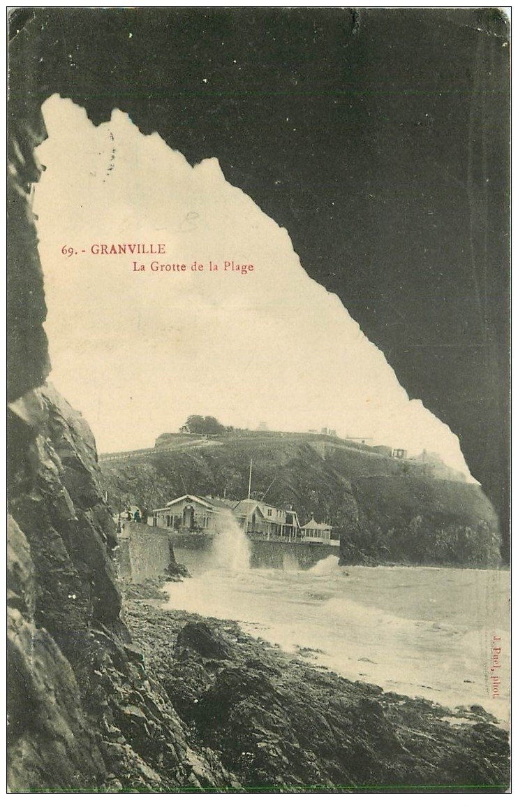 carte postale ancienne 50 GRANVILLE. Grotte de la Plage 1910
