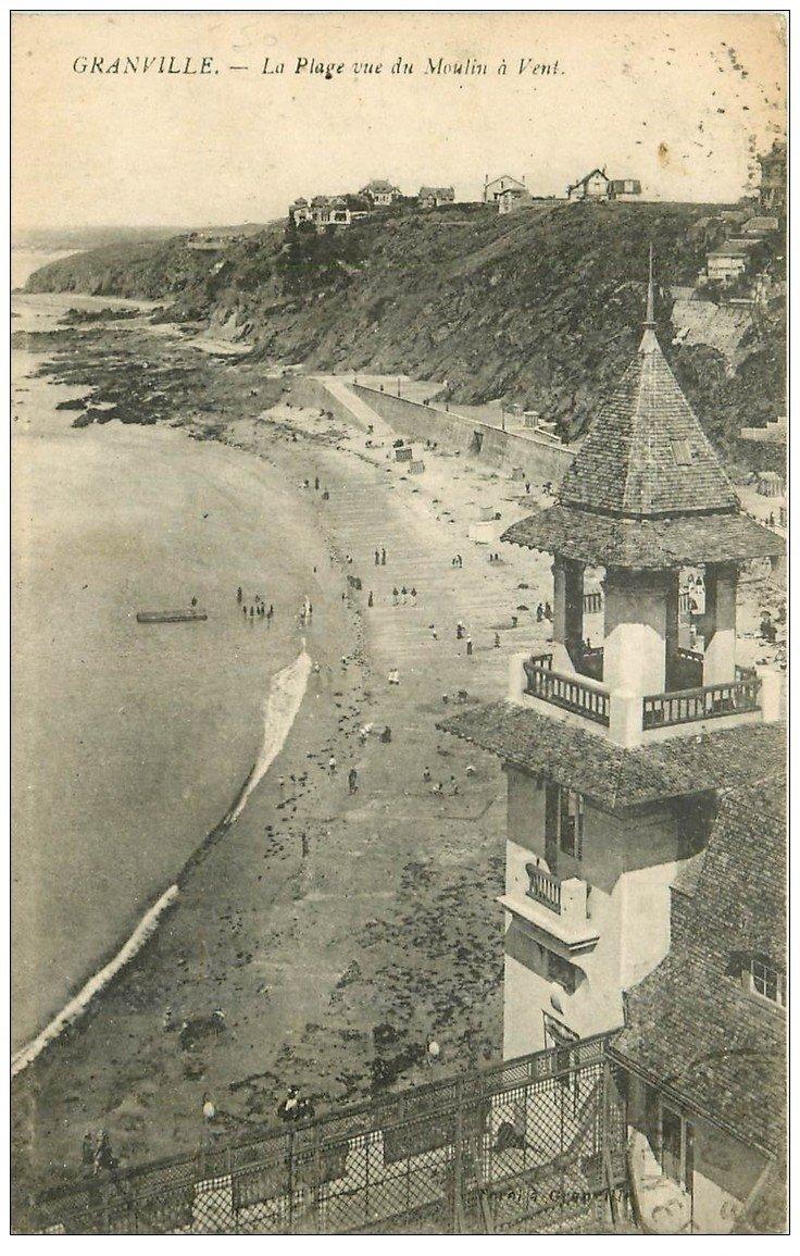 carte postale ancienne 50 GRANVILLE. La Plage vue du Moulin à Vent 1919