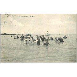 carte postale ancienne 50 GRANVILLE. Le Bain 1910