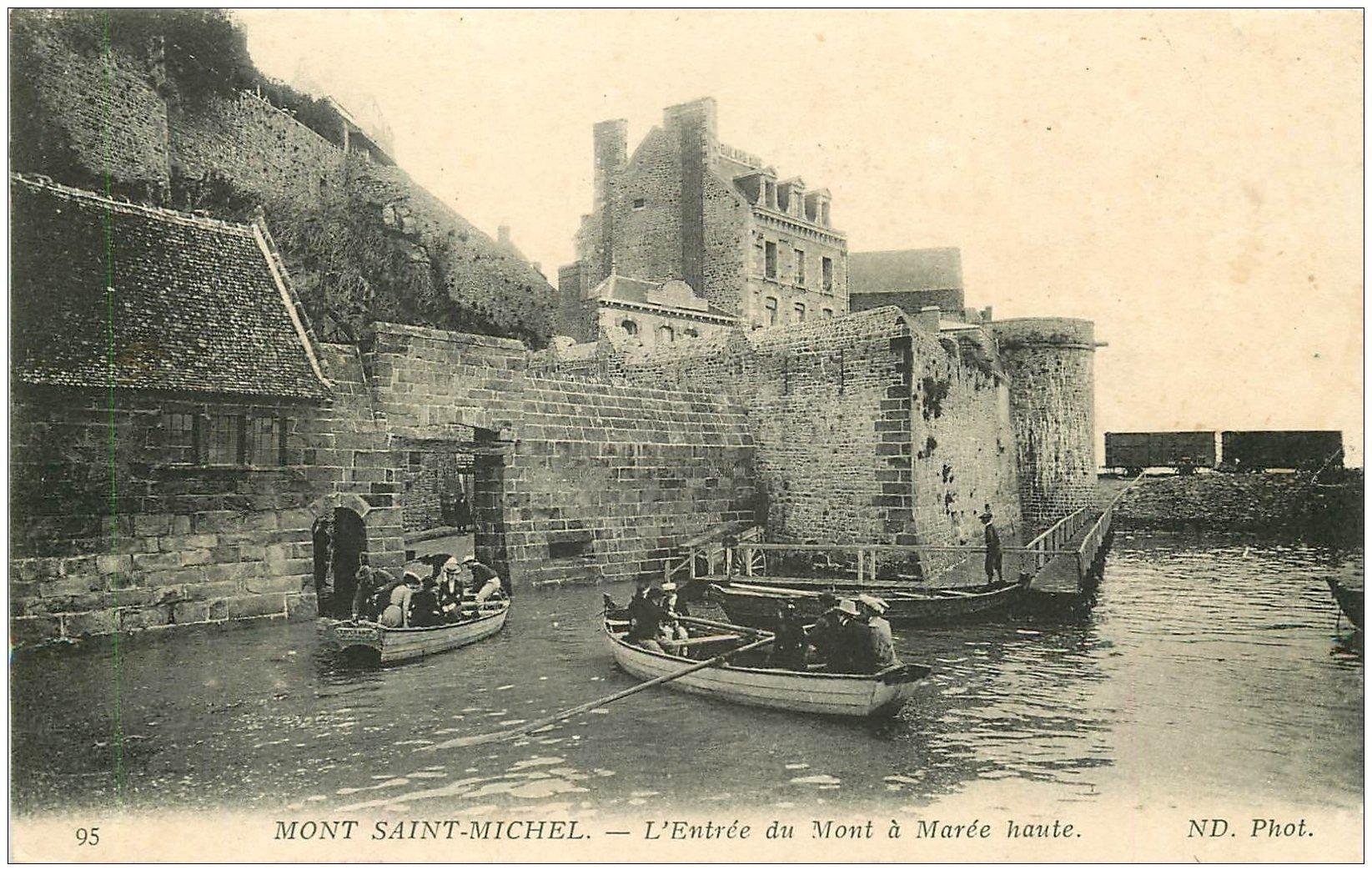 carte postale ancienne 50 LE MONT SAINT-MICHEL. Transports Entrée en barques
